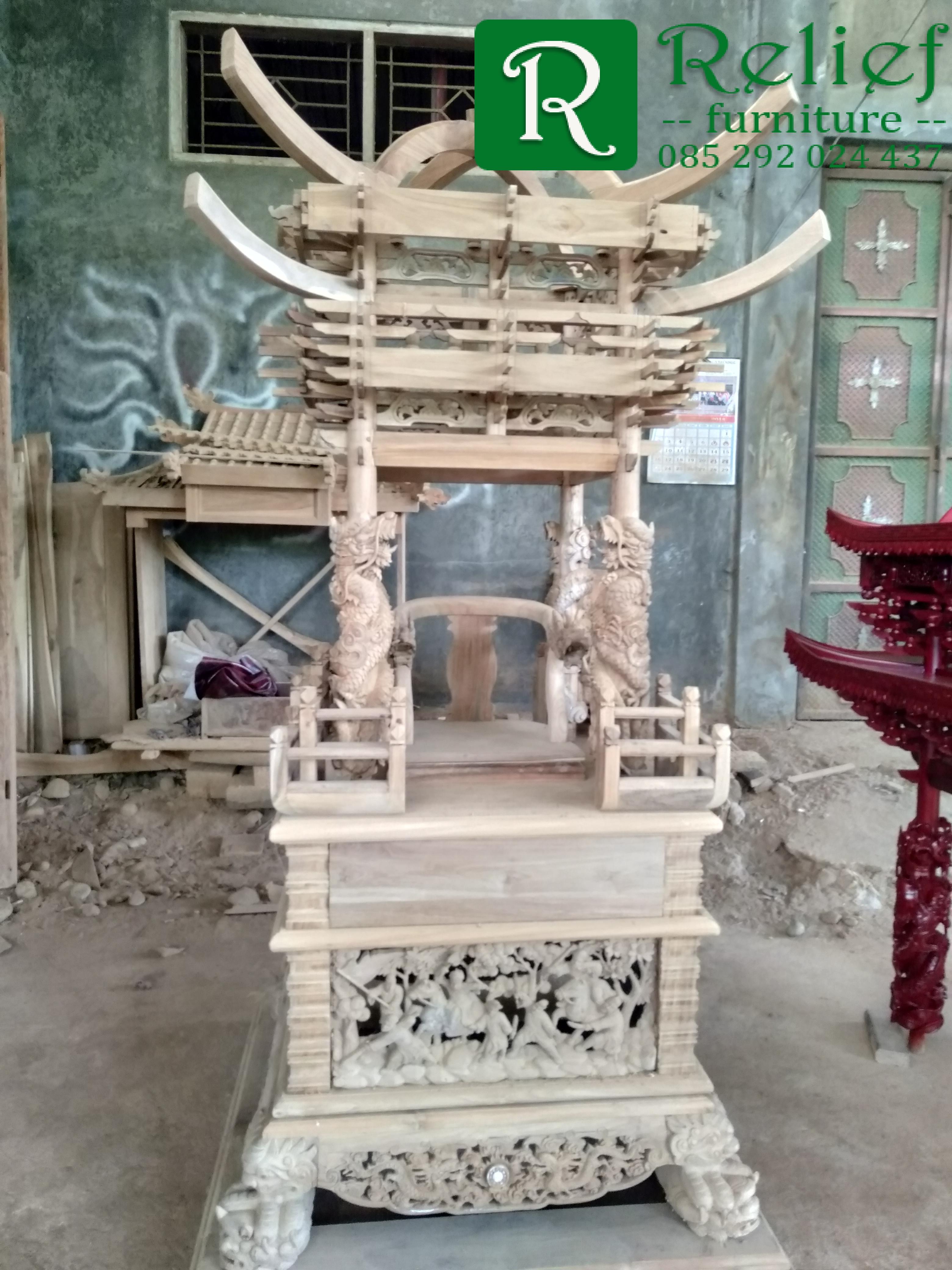 meja joli meja altar tempat sembahyang,meja altar,meja joli,meja semnahyang,meja sesembahan